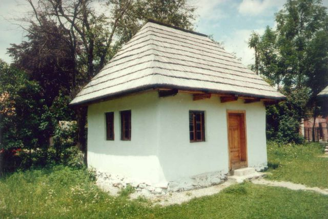 Village Museum of the Bran Area - founded in 1962 - director Narcis Dorin Ion - BRAN, Braşov -  - Etnografie
