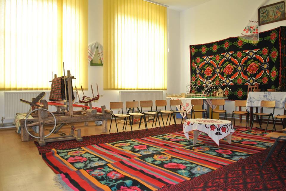 Grandmother's Room - Folk Centre Grădiniţa, Galicea Mare - founded in 2016 - director Văduva Cristian - GALICEA MARE, Dolj - Muzeu comunal - Etnografie